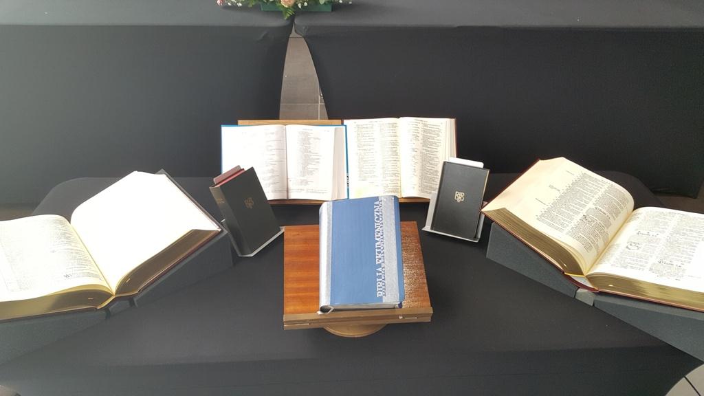 Ekumeniczna Biblia_01